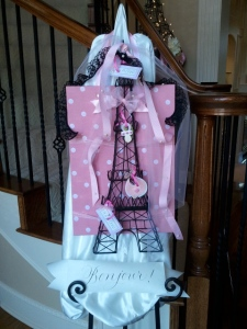 Bonjour, Eiffel Tower, French themed baby shower decorations, pink and black shower decorations, calligraphy