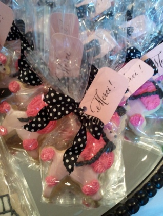 French themed baby shower, pink and black shower decorations, calligraphy, pink poodle cookies, baby shower favors, cookie favors