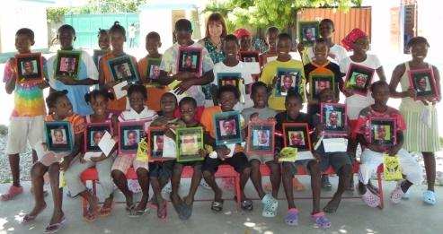 Moni's kids, Daggi Wallace, Painting of Children