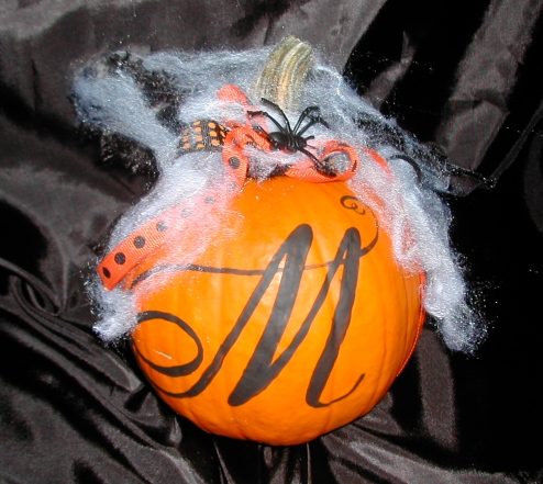 DIY Halloween pumpkin,Halloween decor, decorated pumkin, personalized Halloween pumkin